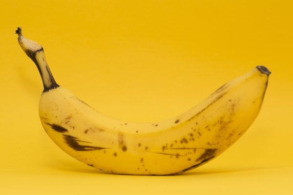 Is it possible to eat the banana peel and other interesting facts about bananas