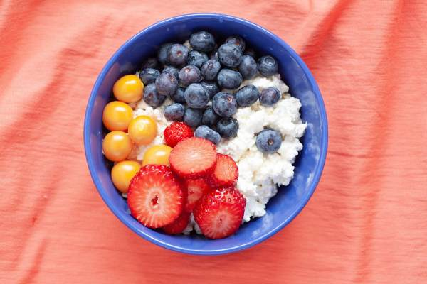 Cottage cheese before bedtime – is a stock of fat. Find out why